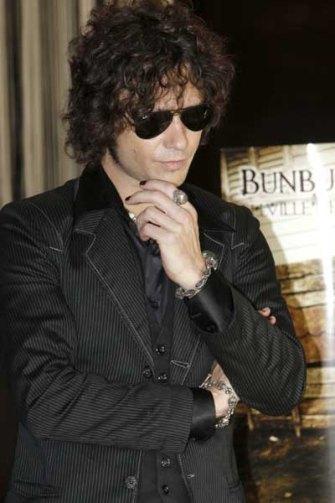 Enrique Bunbury, apuesta por el Rock'n Roll