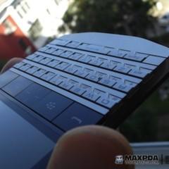 Foto 18 de 39 de la galería blackberry-bold-9980-knight-nueva-serie-limitada-de-blackberry-de-gama-alta en Xataka Móvil