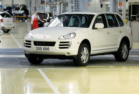 Sale de fábrica el Porsche Cayenne número 250.000, y es diésel