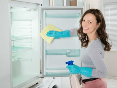 Nueve Trucos para dejar el frigorífico como nuevo y mantenerlo limpio tras las fiestas navideñas