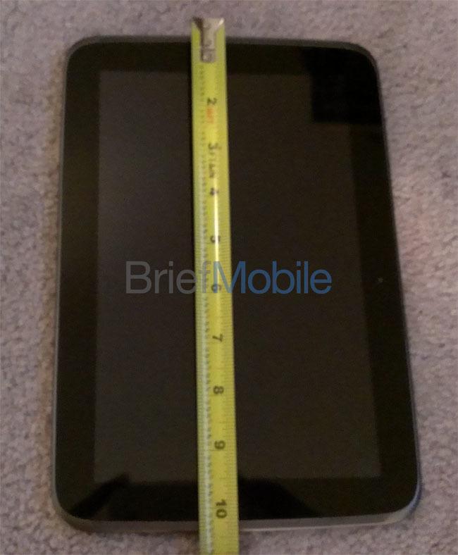 Foto de Aparecen las primeras imágenes reales del Nexus 10 y sus supuestas especificaciones técnicas (2/4)