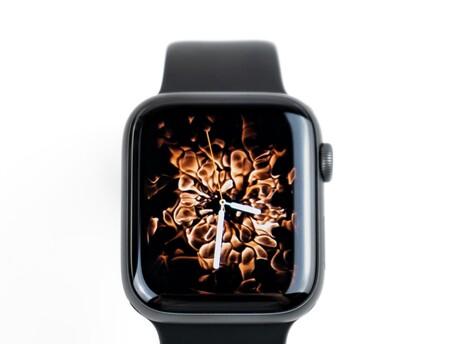 Apple lanza watchOS 7.0.2 con mejoras en la gestión de la batería