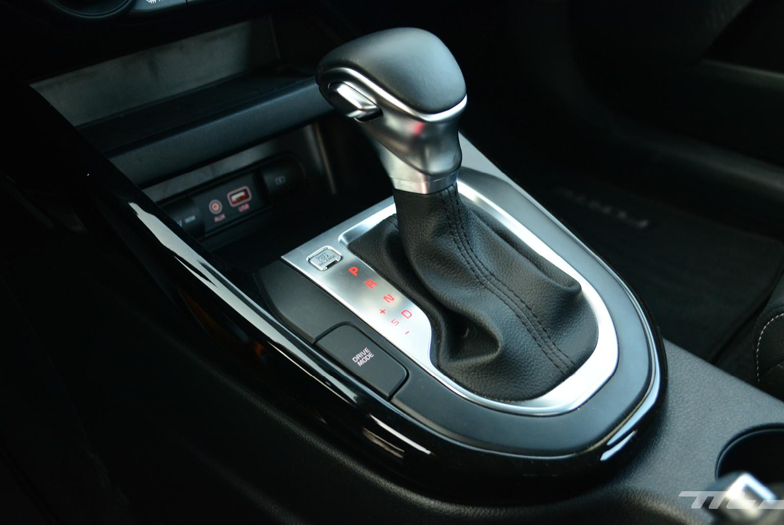 Foto de Comparativa: Mazda 3 2018 vs. KIA Forte vs. Volkswagen Jetta (21/31)