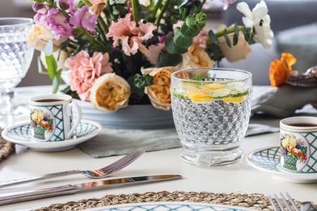 Basket Garden, una vajilla clásica ideal para poner una mesa de primavera