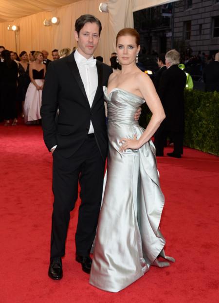 Amy Adams también apuesta por Oscar de la Renta en la Gala MET 2014