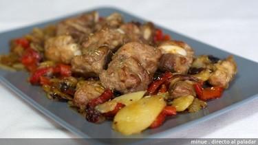 Receta de patatas a lo pobre con costillitas a la miel de romero