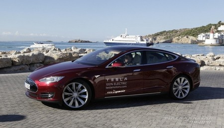 Tesla Model S prueba en Ibiza 01