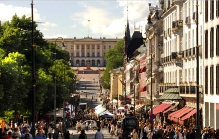 Oslo quiere erradicar el coche de sus calles: a por la ciudad peatonal