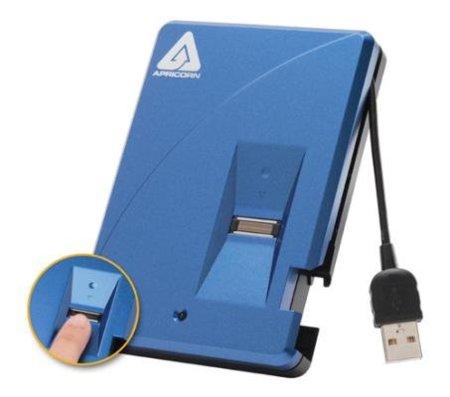 Apricorn Aegis Bio con 640 GB y lector biométrico de huellas digitales