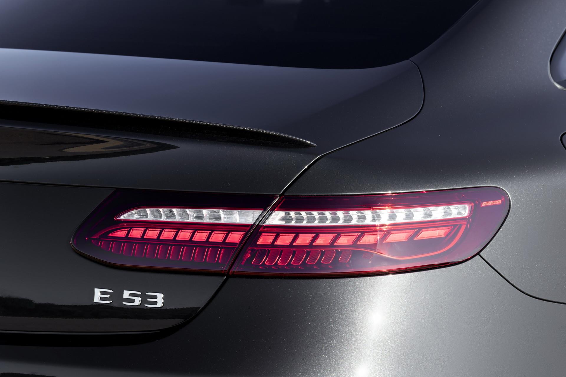 Foto de Mercedes-AMG E 53 Coupé 2021 (31/35)