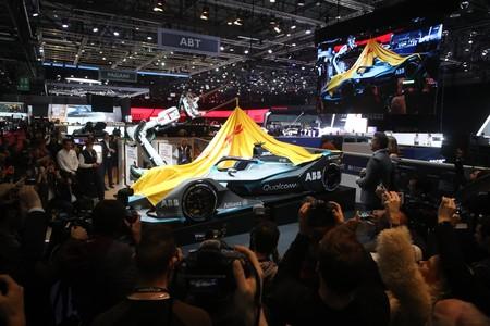 Los nuevos coches de Fórmula E se abren paso entre las novedades del Salón de Ginebra 2018