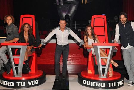 Telecinco lidera de nuevo con 'La Voz' mientras que Antena 3 crece con la fusión en las audiencias de octubre