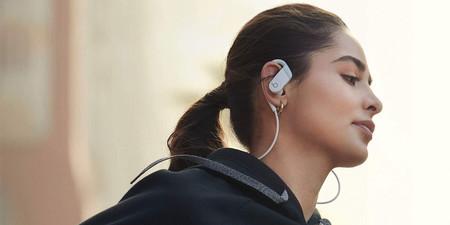 Haz tus entrenamientos más amenos con los auriculares Powerbeats por 133,30 euros en Amazon: chip H1 y batería de larga duración