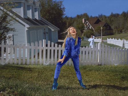 Ho18 Miley Suburbia Look1 Sku 0045suburb Water