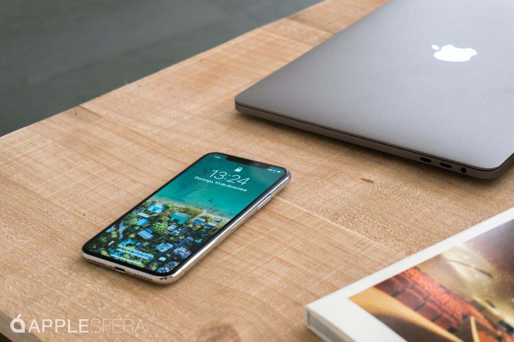 Apple abre 2 programas de remplazo para la monitor del iPhone X y el disco SSD del MacBook Pro sin Touch Bar