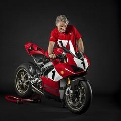 Foto 30 de 73 de la galería ducati-panigale-v4-25deg-anniversario-916 en Motorpasion Moto
