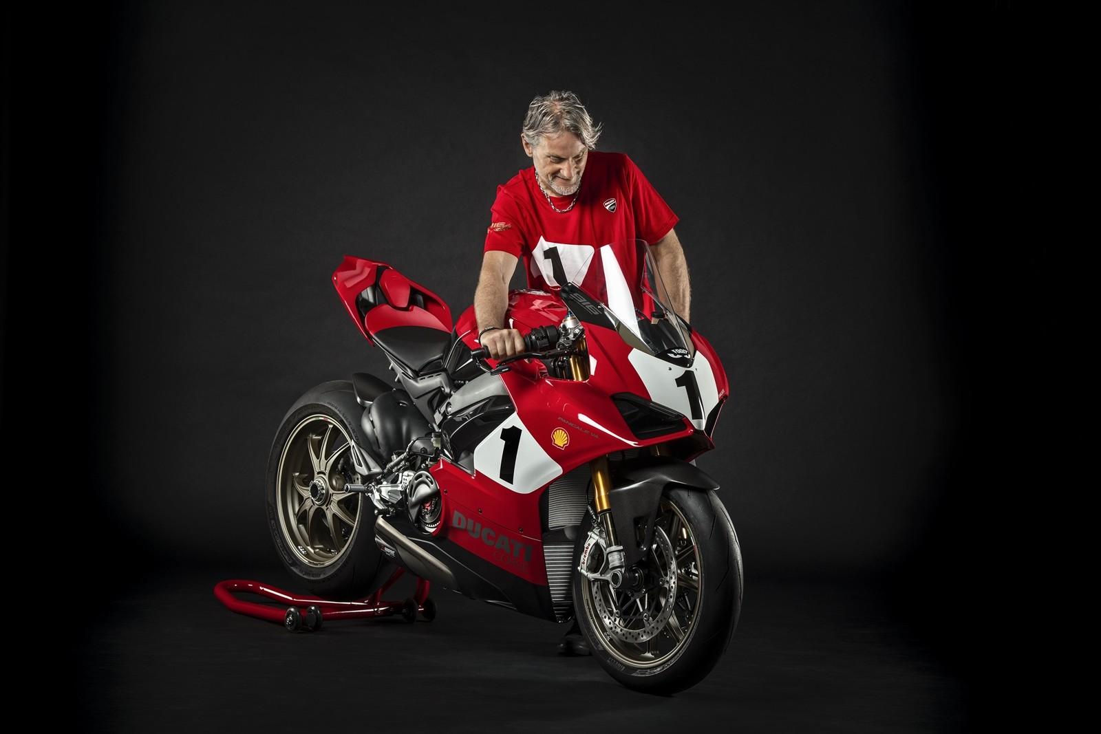 Foto de Ducati Panigale V4 25° Anniversario 916 (30/73)