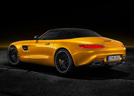 Mercedes Benz Amg Gt S Roadster 2019 1280 07