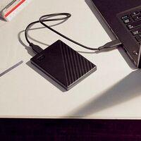 Si tu portátil tiene muy poca capacidad de almacenamiento este Western Digital My Passport de 1 TB te lo soluciona por apenas 54 euros en Amazon