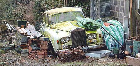Rolls Royce abandonado