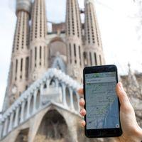 Uber vuelve a Barcelona con UberX, su servicio con conductores con licencia VTC
