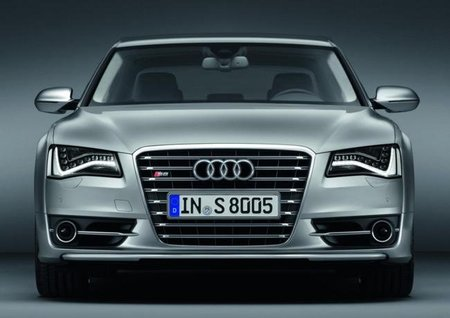 Audi S8 Frontal