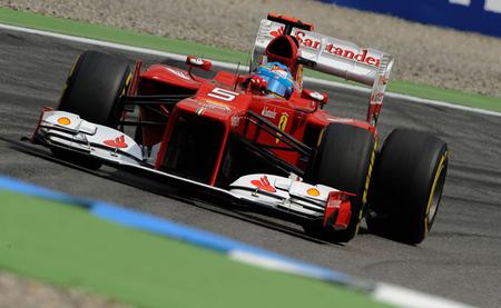 Fernando Alonso lanza su candidatura al título con una victoria dominante