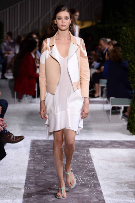tods_womens_spring_summer_15_015.png