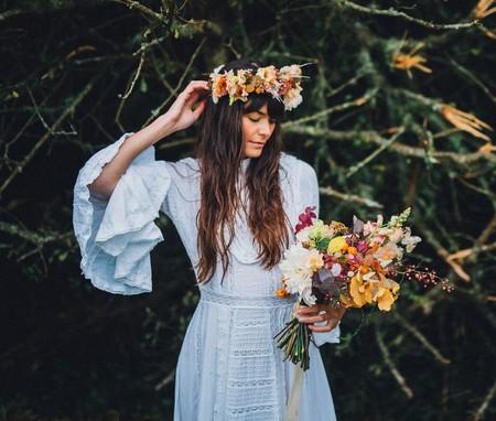 Es posible darle una nueva vida a un vestido de novia cuarenta años después (y estas imágenes son la mejor prueba de ello)