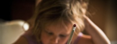 Lo que piensan los padres y madres que quieren acabar con los deberes en la escuela