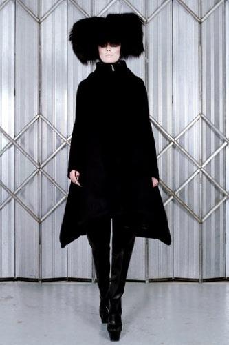 Gareth Pugh Otoño-Invierno 2009/2010 en la Semana de la Moda de París