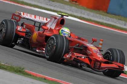 Felipe Massa confirma su reinado en Estambul