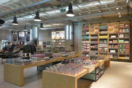 Urban Outfitters Barcelona 3