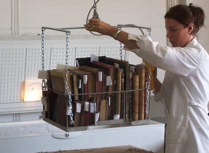 La Universidad Politécnica de Cataluña restaura 4 millones de documentos de la Alemania nazi
