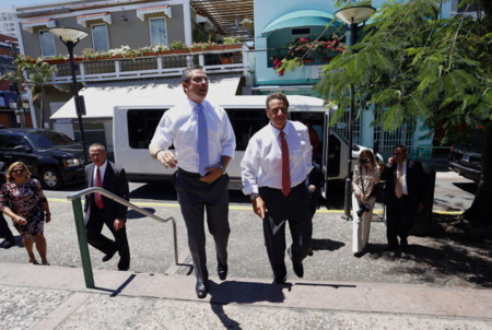 Negociar Bonos Puerto Rico