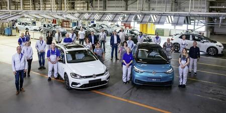 La planta Volkswagen de Zwickau fabrica el último coche con motor de combustión interna