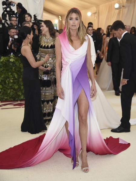 Sienna Miller Met Gala 2018