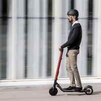 SEAT se apunta a los patinetes eléctricos aliándose con Segway: hasta 25 km/h y 599 euros para competir con Xiaomi