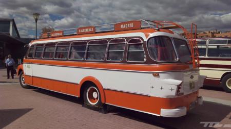 Autobuses 06