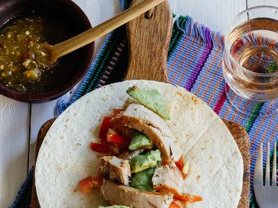 Tacos de atún. Receta mexicana fácil