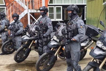 El último arma contra el terrorismo: un grupo de operaciones especiales montado en BMW F 800 GS