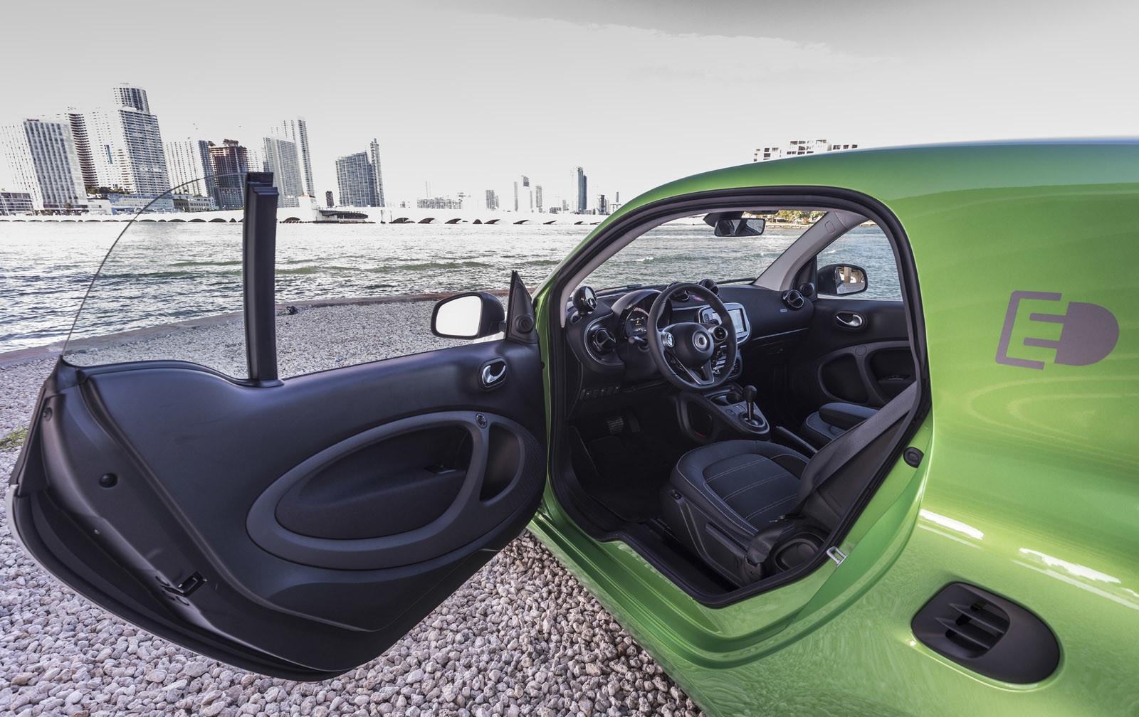 Foto de smart fortwo Electric Drive, toma de contacto (153/313)