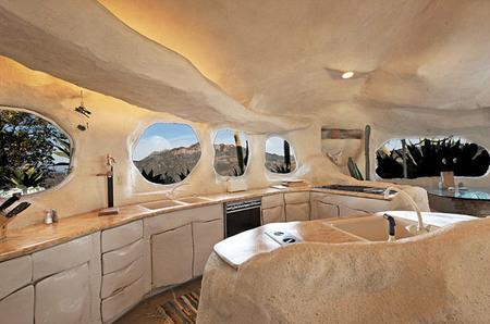 La casa de los Picapiedra - cocina