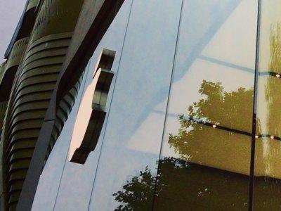 Un ladrón roba 19 iPhones haciéndose pasar por empleado de la Apple Store