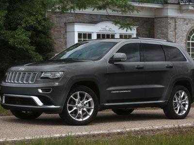 """Jeep Grand Cherokee Summit Platinum, porque a veces """"más"""", no es suficiente"""