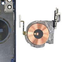 Los iPhone 12 tienen carga bilateral para unos AirPods inéditos, según la FCC