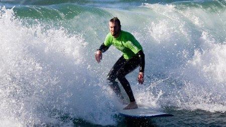 Qué trabajar en el gimnasio para optimizar la práctica de surf