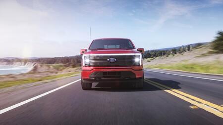 Ford F 150 Lightning 2021 012