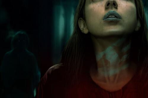 'Nadie saldrá vivo de aquí': Netflix da la primera sorpresa de terror para Halloween con una formidable adaptación del autor de 'El ritual'