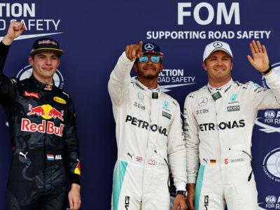 Pole de Lewis Hamilton ante su público en Silverstone
